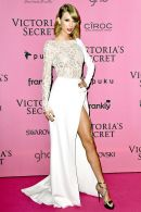 Remember when Taylor Swift looked like she, too, was a Victoria's Secret angel? And maybe an actual angel?